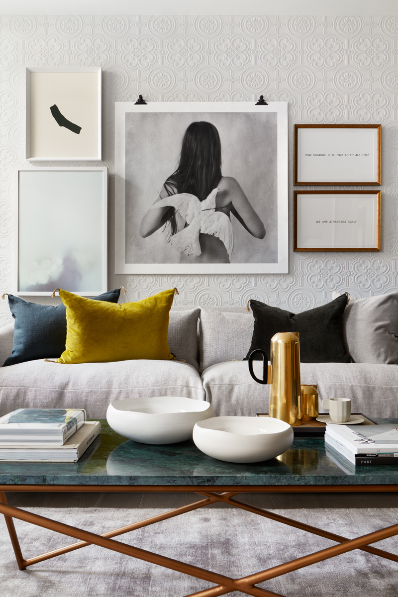 velvet_styling_interior_pillows