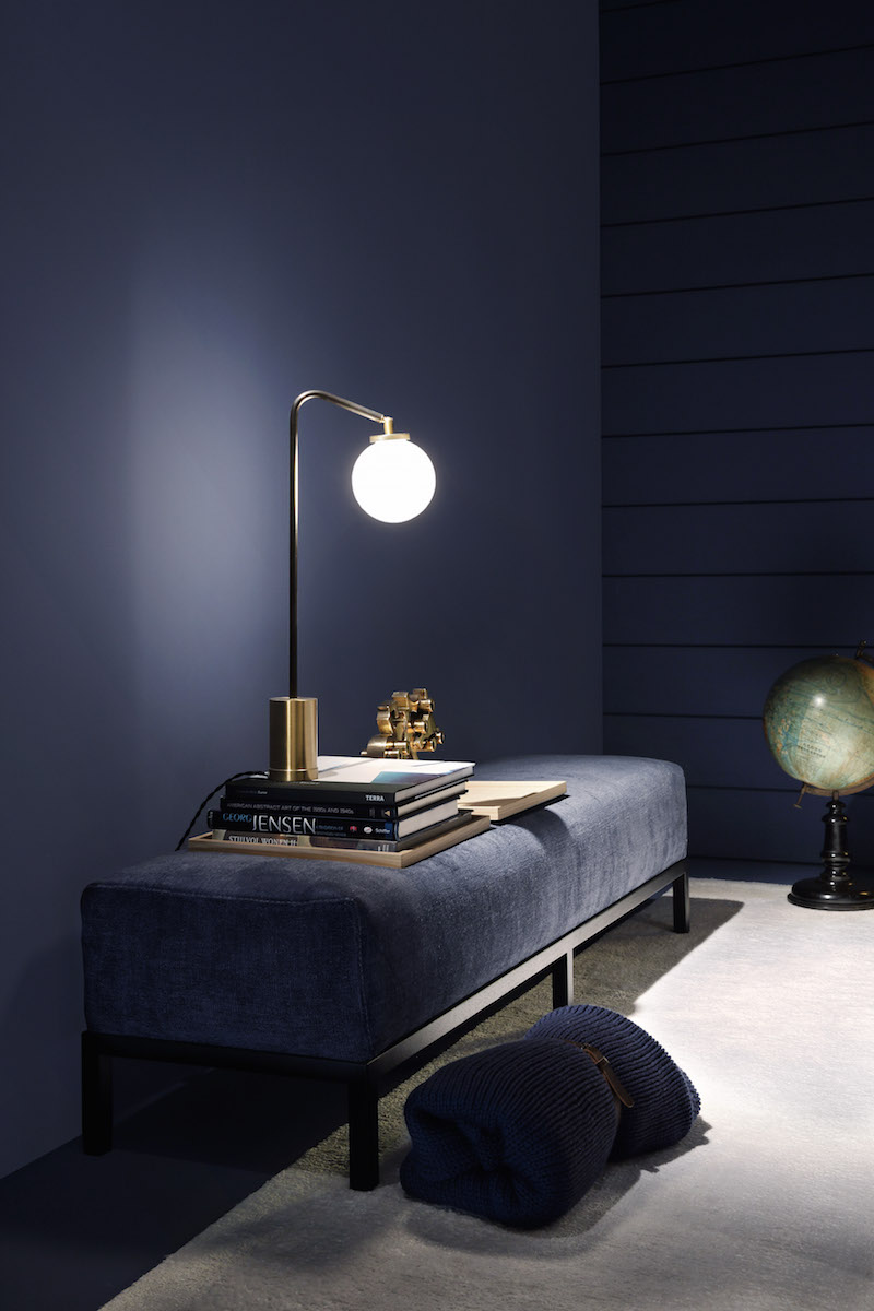 velvet_styling_interior_pouf